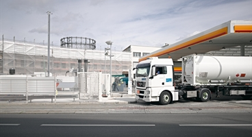 Hydrogen fuelling station in Berlin, Germany. Germany continues to expand its network of hydrogen fuelling stations. Together with Daimler, Linde will be setting up twenty new H₂ fuelling stations in Germany over the coming months. This initiative underscores the companies' commitment to zero-emissions mobility.