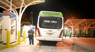 Hydrogen fuelling station - AC Transit in Emeryville, California